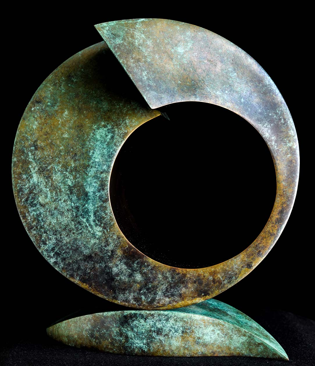 Samsara by Andrew Thomas, from the Surface to Depth series. Bronze