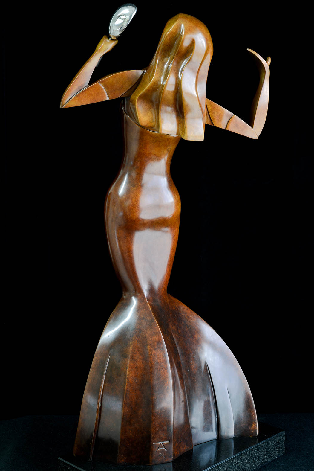 Venecia by Andrew Thomas, from the Female series. Bronze limited edition of seven