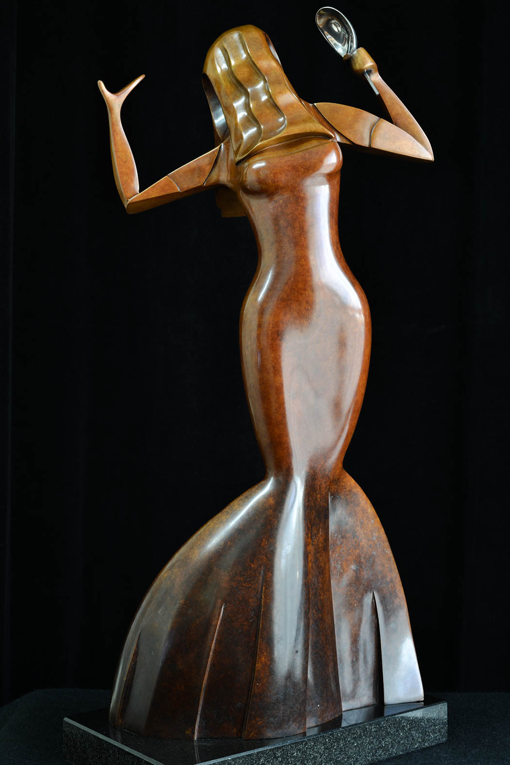 Venecia by Andrew Thomas, from the Female series. Bronze